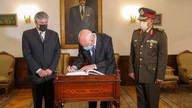 عبدالحكيم عبدالناصر يكشف كواليس زيارة الرئيس التونسي لضريح والده