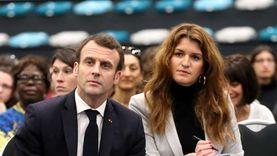 حجاب الأطفال.. معركة بين وزيرة ورئيس الحكومة في فرنسا