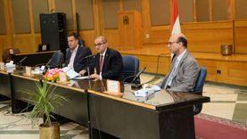 جلسة طارئة لمجلس عمداء كليات جامعة أسيوط لتقييم العام الجامعى الحالى