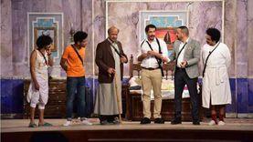 مسرحية اللوكاندة لـ أشرف عبدالباقي تتصدر «التريند» بسبب مشهد