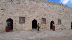تعقيم قلعة قايتباي لحماية الزائرين من كورونا: تستقبل الزوار حتى 8 مساء