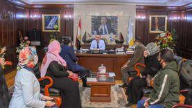 """محافظ الإسكندرية يعلن تخصيص نسبة من """"باكيات الباعة"""" لذوي الهمم"""