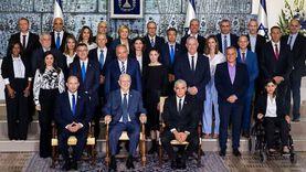 تفاصيل أول صورة للحكومة الإسرائيلية الجديدة بعد الإطاحة بنتنياهو