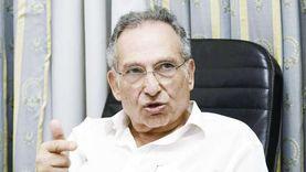 محاكمة ممدوح حمزة لاتهامه بالتحريض على العنف اليوم