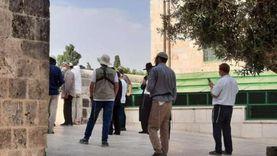 مستوطنون يقتحمون «الأقصى».. وحظر جماعات تصف إسرائيل بـ«دولة» الفصل