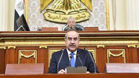 وكيل «صناعة النواب» ينتقد خطة تطوير شركة مصر للطيران