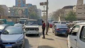 عودة حركة المرور بشبين القناطر بعد رفع حمولة حديد انقلبت على كوبري مسطرد