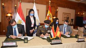 """الخدمة الوطنية يعقد شراكة مع شركة إسبانية لإنشاء 20 مركز لـ""""البلازما"""""""