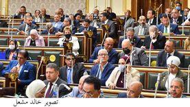 برلماني: يجب على وزير التربية والتعليم دراسة قراراته وتقدمت بطلب إحاطة