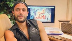 محمد عادل إمام يشكر جمهوره ويعدهم بمفاجأة
