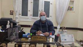 تنفيذاً لوصية والده.. علاج مرضى الكلى مجانا في عيادة طبيب بالأقصر