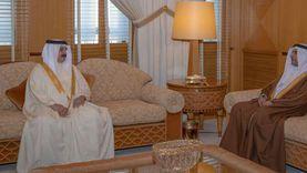 بالفيديو.. ملك البحرين يستقبل رئيس البرلمان العربي