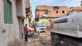 أهالي قرية ببني سويف: بيوتنا غرقت بالمياه الجوفية.. والمحافظ: حل المشكلة قريبا