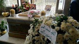 أشعار وأناشيد وورود أمام ضريح عبدالناصر في ذكرى وفاته الـ50