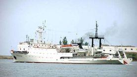 كوارث الكبار.. حريق داخل سفينة روسية وطائرة أمريكية تعلن الطوارئ
