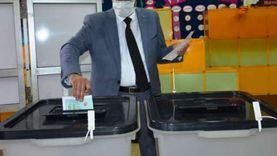 """رئيس جامعة بورسعيد يدلي بصوته في انتخابات """"الشيوخ"""""""