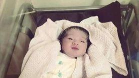 """عائلة فلسطينية تطلق اسم """"بيروت"""" على مولودتها الجديدة تضامنا مع لبنان"""