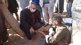 محافظ المنيا يوجه بتوفير الدعم لـ«كفيف» بلا مأوى وإيداعه بدار الرعاية