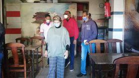 إغلاق كافتيريا في حملة لتطبيق إجراءات مكافحة كورونا بسفاجا (صور)