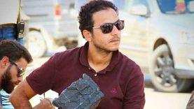 بيتر ميمي بصحبة كريم عبدالعزيز وأحمد حلمي.. ومتابعوه: «الصورة بتنور»