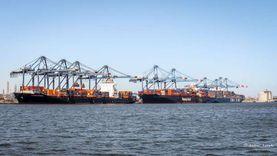 ميناء دمياط يستقبل 19 سفينة بواردات 28 ألف طن بضائع عامة