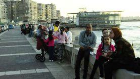 منع الإفطار على شواطئ الإسكندرية.. واستثناء أسوار الكورنيش من القرار