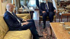 وزير الخارجية يناقش مع نظيره اليوناني عددا من القضايا