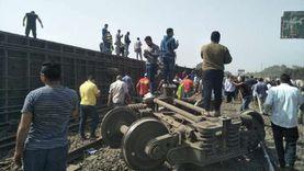انتظام حركة القطارات بمحطة بنها عقب خروج عربتين عن القضبان