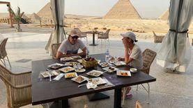"""مطعم """"ناين بيراميدز لاونج"""" يستقبل الأفواج السياحية"""