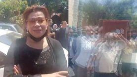 انهيار فاطمة ناعوت في جنازة سمير الإسكنداني