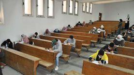 جامعة حلوان: حالة اشتباه واحدة بكورونا.. و31 ألف طالب أدوا الامتحان دون مشاكل