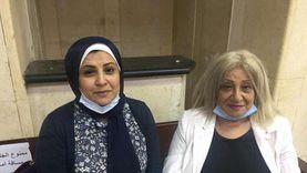 بثينة وابنتها تتقدمان للترشح على نظام القائمة: نخدم صالح المواطن