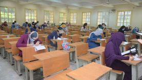 صور.. جامعة القاهرة تواصل امتحانات الفرق النهائية للأسبوع السادس