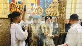 """خدم الكنيسة نصف قرن.. دير """"دميانة"""" يحتفل بذكرى رحيل الأنبا بيشوي"""