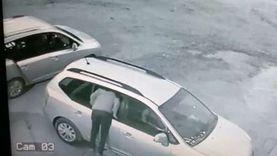 """""""مش تخلي بالك وأنت سايق"""".. حيلة """"عصابة مصر الجديدة"""" لسرقة السيارات"""