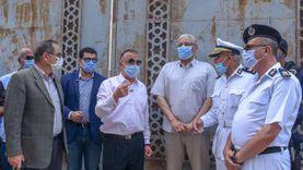 محافظ الإسكندرية يقود حملة لإزالة 3 عقارات مخالفة بحي وسط