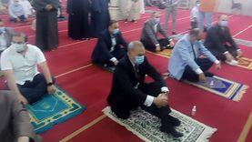 أهالي القليوبية يؤدون صلاة العيد وسط إجراءات احترازية