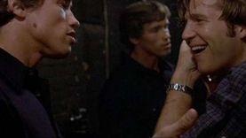 جيف بريدجز وشوارزنيجر جمعهما فيلم عام 1976.. وأصابهما المرض في 2020