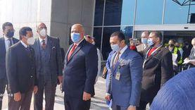 رئيس «الدولي للرماية» ونائبه يصلان القاهرة لحضور «الأطباق المروحية»