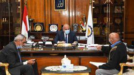 تأجيل عقد لقاءات المواطنين بمحافظ قنا بسبب فيروس كورونا