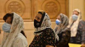 الكمامة والتباعد عوامل أساسية لاستقبال المصلين في المساجد والكنائس