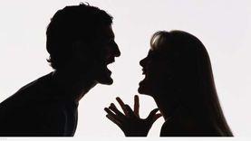 موظف يتهم زوجته بالزنا مع ابن الجيران: خانتني بعد 7 شهور زواج