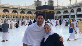 «أهدته سلسلة».. حسن الرداد يكشف عن الرسالة الأخيرة لوالدته قبل وفاتها