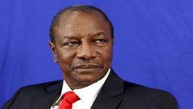 """""""خناقة شوارع"""".. حقيقة فيديو اعتداء رئيس غينيا على أحد الوزراء"""
