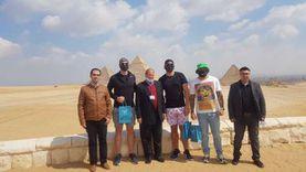 مطار القاهرة يستقبل 3 من نجوم الدوري الأمريكي: ترويج للسياحة
