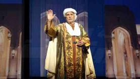 """فيديو.. عبدالرحمن أبو زهرة بـ""""القناع الواقي"""" خلال مشاهدة """"علاء الدين"""""""
