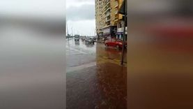 الطقس السيء يضرب الإسكندرية بأمطار غزيرة ورياح شديدة