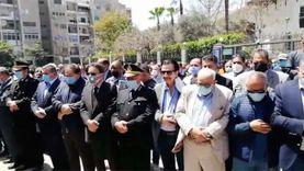 صلاة الجنازة على الكاتب الصحفي مكرم محمد أحمد