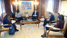 وزيرا السياحة والهجرة يبحثان تنظيم برامج سياحية للمصريين بالخارج