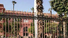 الاحتفاظ بالبوابة الحالية للمتحف المصري للانتهاء من خروج المومياوات